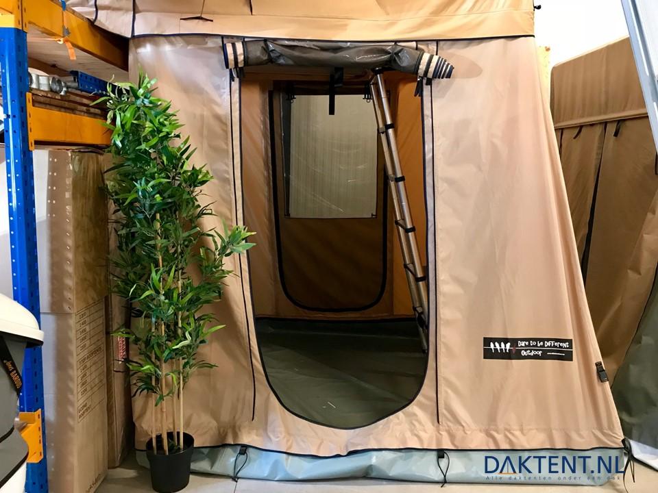 DTBD met ondertent showroommodel (1)