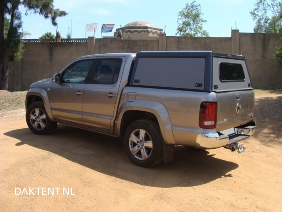 buschtech hard top voor vw amarok hilux. Black Bedroom Furniture Sets. Home Design Ideas