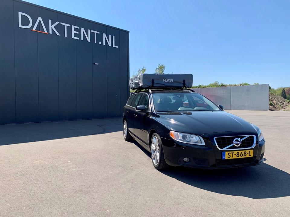 Volvo V70 daktent Yuna gesloten