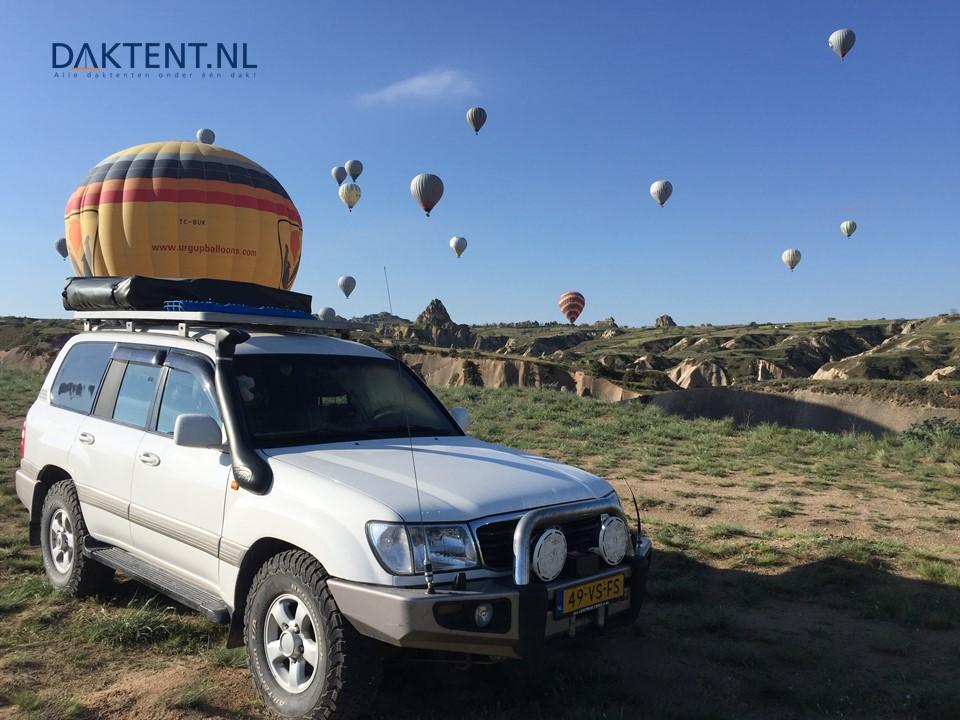 Landcruiser daktent series 3 eezi awn balloon