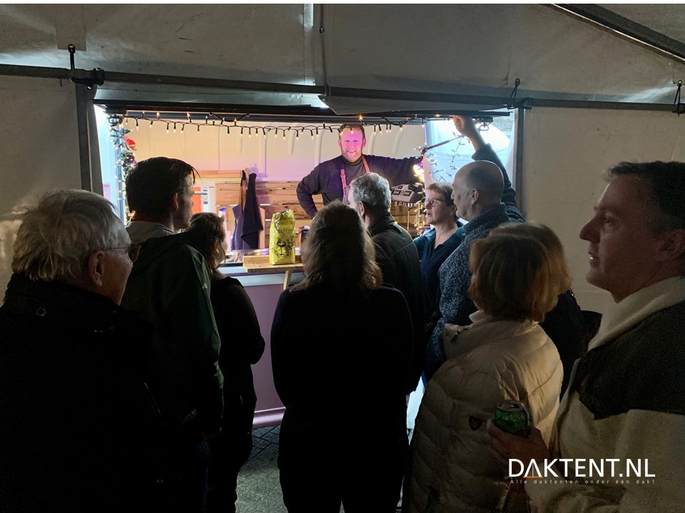 Showroom daktenten koffie
